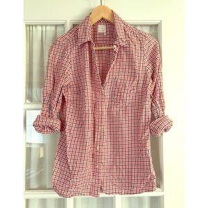 Gap checkered button down shirt